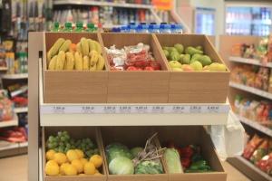 Koncept Shella Deli2go konkurencją dla sklepów Żabki i Carrefoura