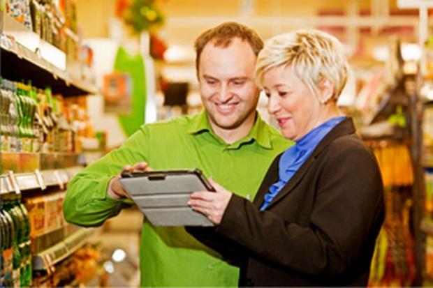 Co czwarty sklep Delikatesy Centrum dotknięty podatkiem od sieci handlowych?