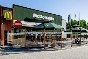 Według franczyzobiorców McDonald's plan naprawy nie przynosi efektów