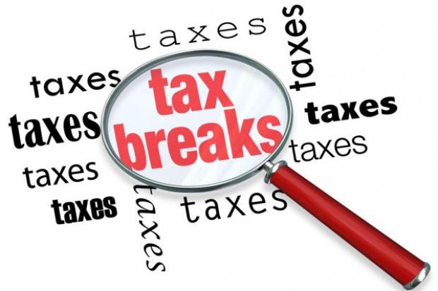 Węgry znoszą dodatkowy podatek nałożony na duże sieci