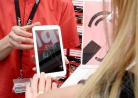 Media Markt instaluje w sklepach system komunikacji dla klientów niesłyszących