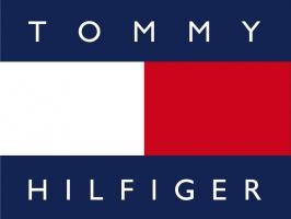 Tommy Hilfiger wykorzystuje wirtualną rzeczywistość w salonach sprzedaży