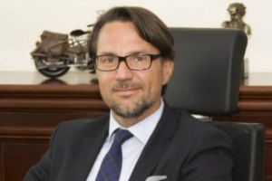 Krzysztof Andrzejewski pozostaje w zarządzie Żabki. Będzie odpowiedzialny za obszar operacyjny firmy