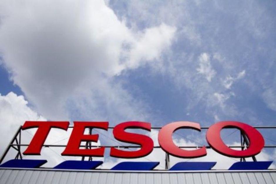 Tesco rezygnuje z całodobowej sprzedaży w 76 placówkach