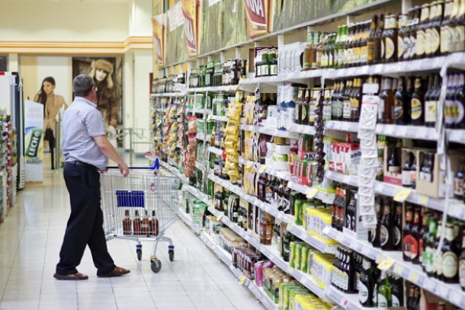 """Ekspert: Podatek od sieci handlowych doprowadzi do """"afery NIP-owej"""""""