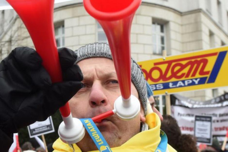 Pod Sejmem protestowało około 5 tys. kupców