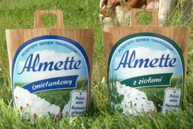 Hochland wspiera sprzedaż serków Almette