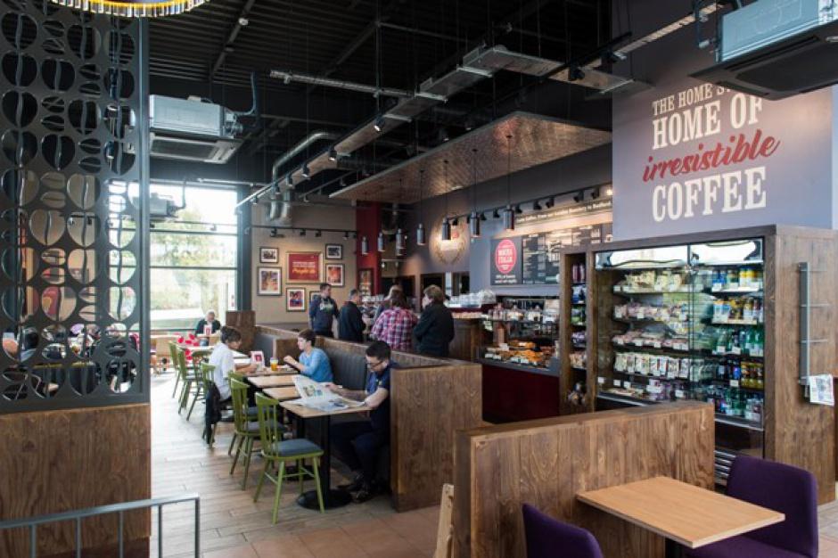 117. kawiarnia Costa Coffee z nowym designem