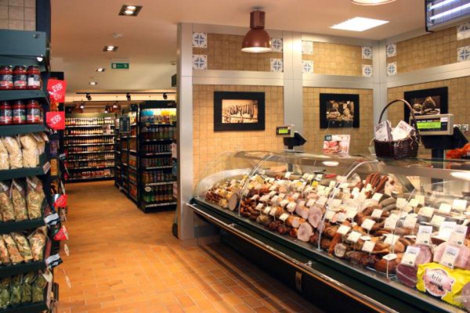 Alma Market sprzedała trzy supermarkety za 27 mln zł