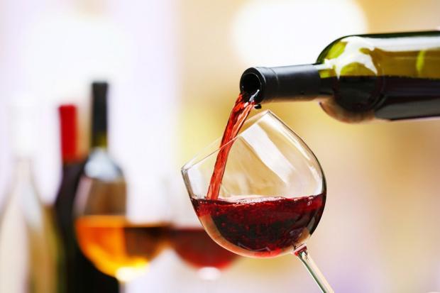 Dyskonty liderem sprzedaży win gronowych