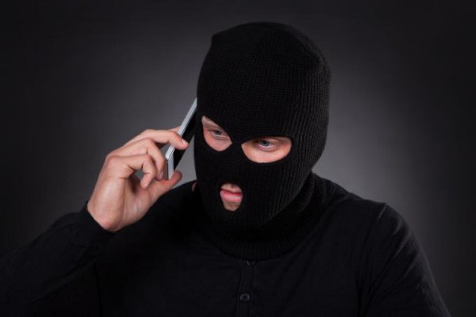 Pracownik warszawskiego hipermarketu chciał mieć wolne - zadzwonił z informacją o bombie