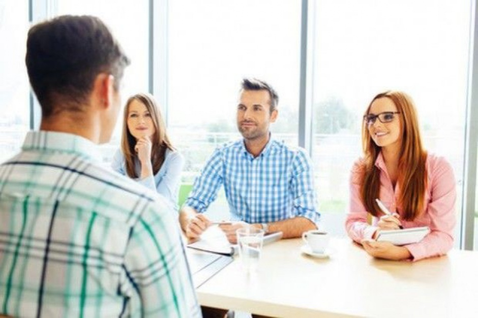 Ekspert: Rozbieżne oczekiwania pracodawców i pracowników handlu