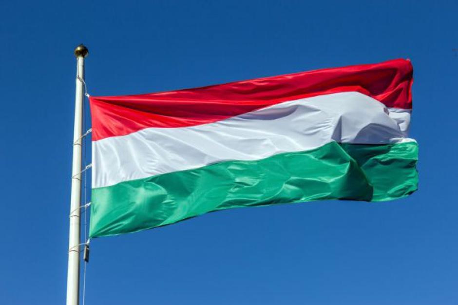Węgierskie przepisy o supermarketach kolejny raz pod lupą KE