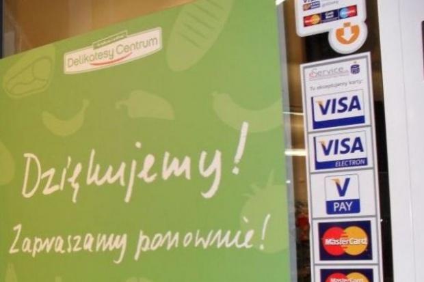 Kolejna transakcja Eurocashu z franczyzobiorcą Delikatesów Centrum. Na stole ponad 270 mln zł