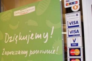 Kolejna transakcja Eurocashu z franczyzobiorcą Delikatesów Centrum. Na stole ponad...