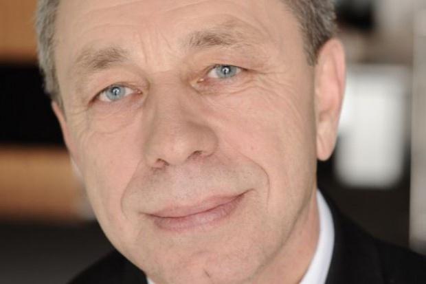 Czesław Grzesiak przechodzi z zarządu do rady nadzorczej Tesco