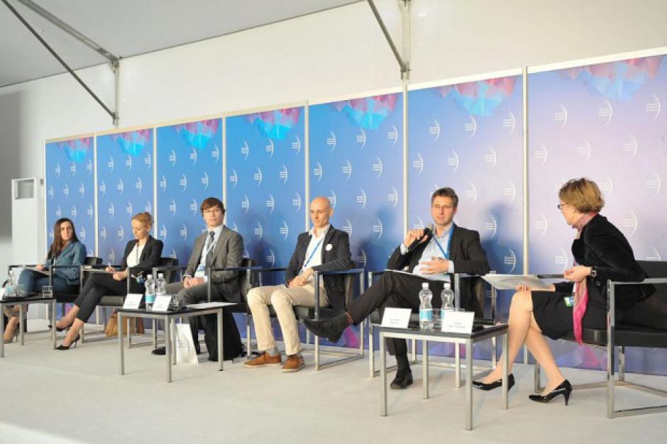 """EEC 2016: Pełna relacja z debaty """"15 lat e-commerce w Polsce"""""""