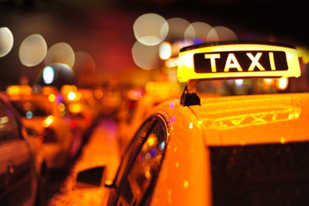 Dyrektor banku Tesco wydał fortunę na taksówki