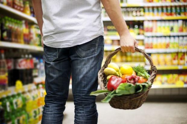 GUS: 1/4 miesięcznych wydatków przeznaczana jest na żywność