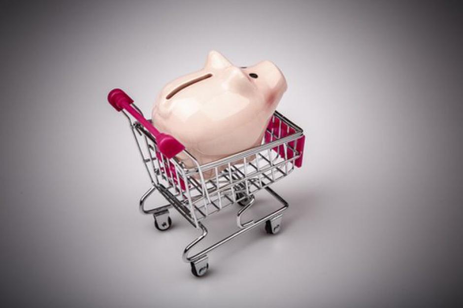 Polacy przeznaczają 35 proc. swoich dochodów na wydatki w handlu detalicznym