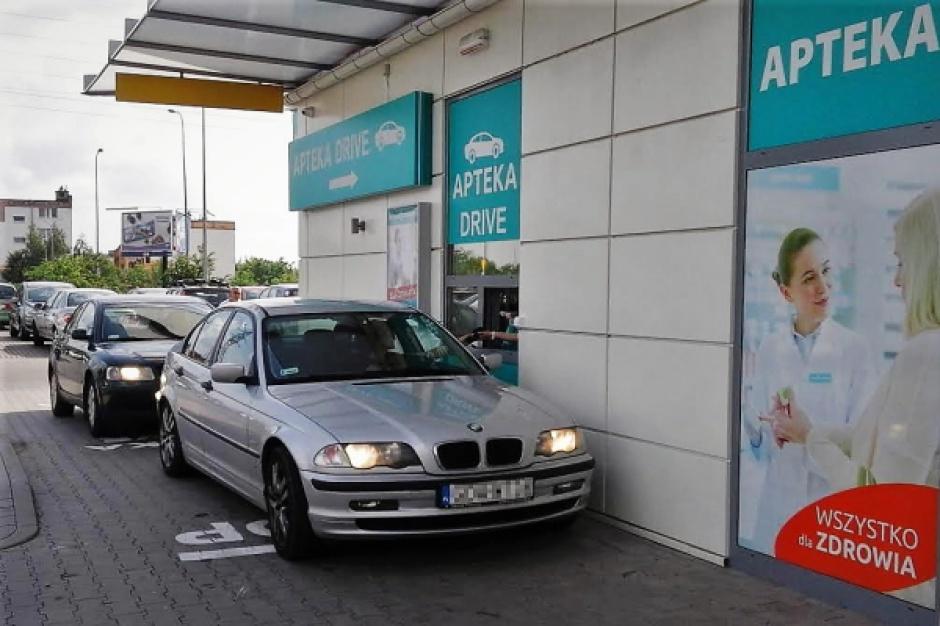 W Gdańsku powstała apteka typu drive-thru