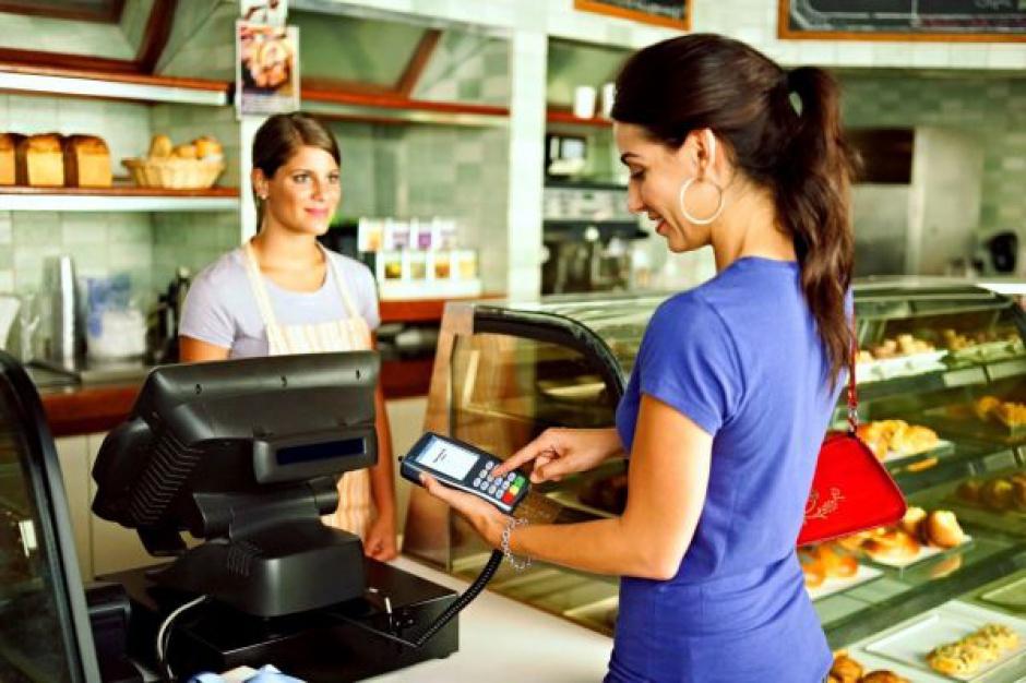 Poradnik: Jak wybrać odpowiedni terminal płatniczy?
