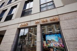 Eurocash otwiera 8000. placówkę abc. To pierwszy sklep w nowym formacie (galeria)