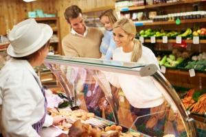 Obroty w sklepach małoformatowych wyższe o 4 proc. rdr.