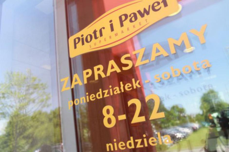 Piotr i Paweł otwiera szkolny sklepik