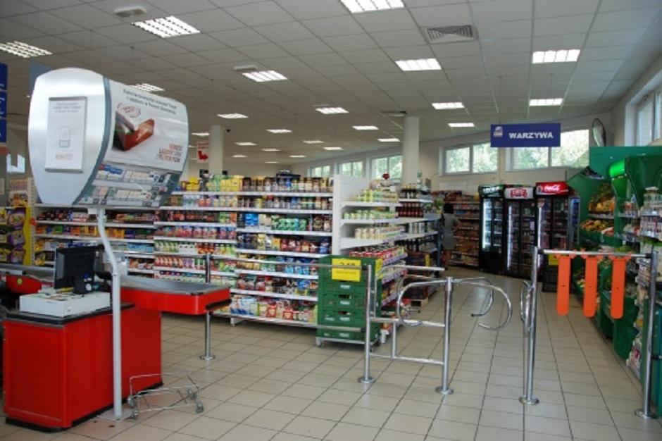 Sklep olsztyńskiej spółdzielni Społem w nowym standardzie