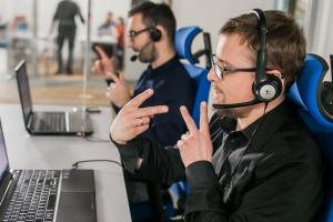 Carrefour wprowadza tablety z tłumaczeniem języka migowego