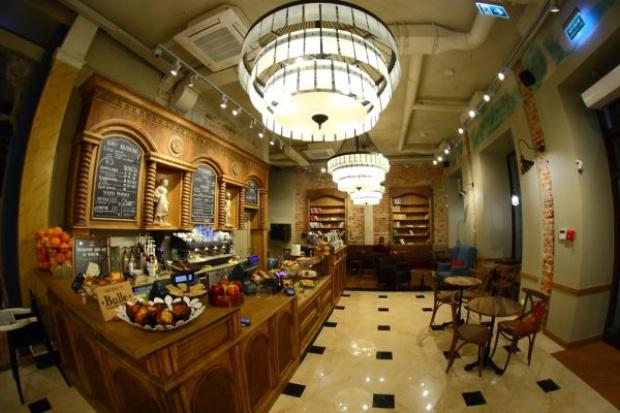 Green Caffè Nero w Kamienicy Mikulskiego na Nowym Świecie