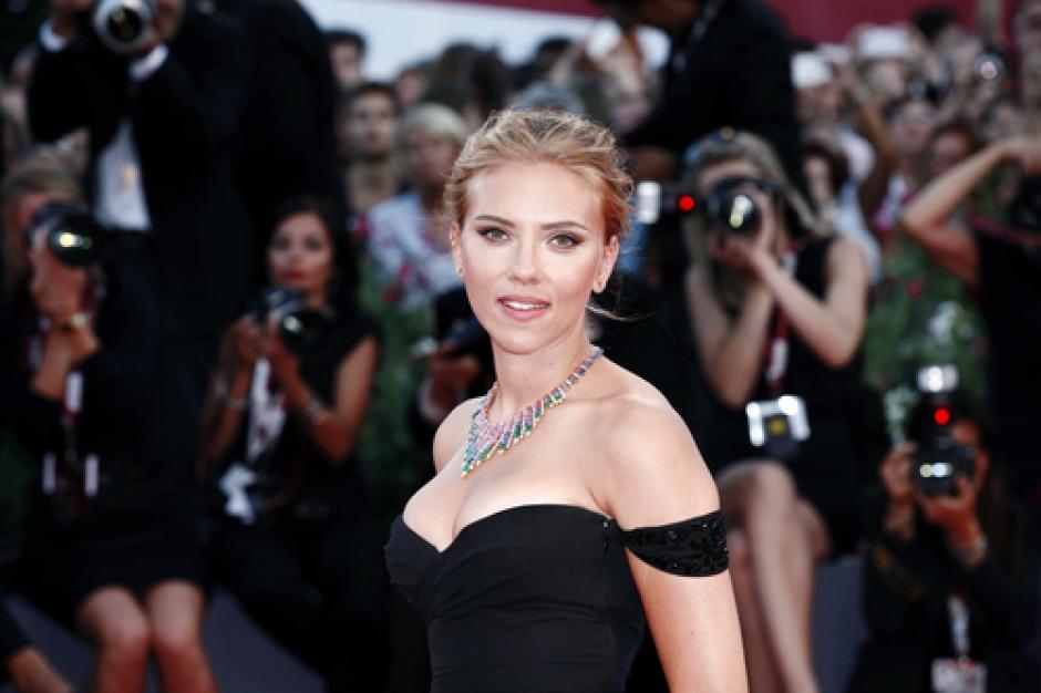 Scarlett Johansson upraży popcorn w centrum Paryża