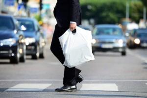 Do 27 listopada br. kraje UE muszą podjąć działania ograniczające zużycie plastikowych toreb