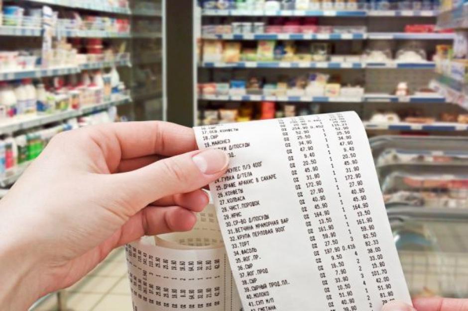 Koszyk cen: Zacięta walka o przywództwo cenowe między sieciami hipermarketów