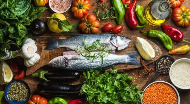 Dietetycy: Remedium na niektóre dolegliwości znajdziemy w spiżarni