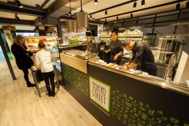 Nowy koncept Carrefoura - jeszcze sklep czy już restauracja? (zdjęcia)