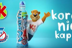 Kolejna kampania Kubusia Waterrr przekonuje o niezawodności korka niekapka