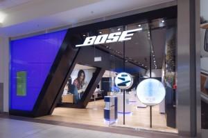 Poradnik: Wielokanałowa sprzedaż odmienia wnętrza sklepów