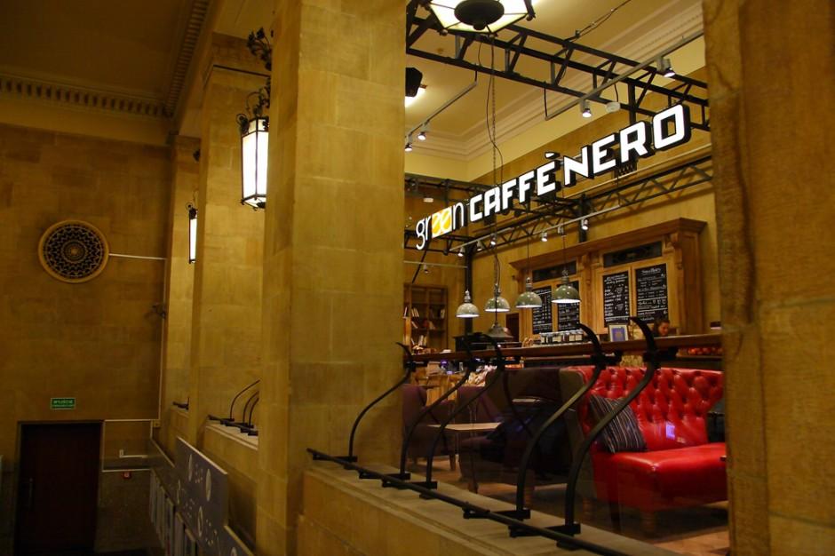 Green Caffè Nero z kawiarnią w Pałacu Kultury i Nauki