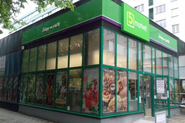 Stokrotka wystartowała z nowym konceptem. Zobacz jak wyglądają sklepy 5-tka Market (galeria)