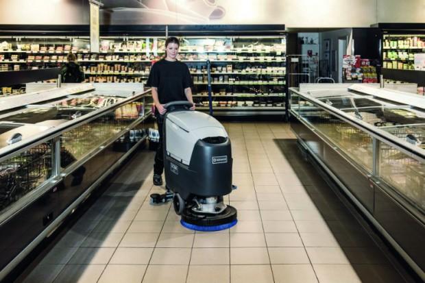 Urządzenie czyszczące powierzchnie handlowe od firmyNilfisk