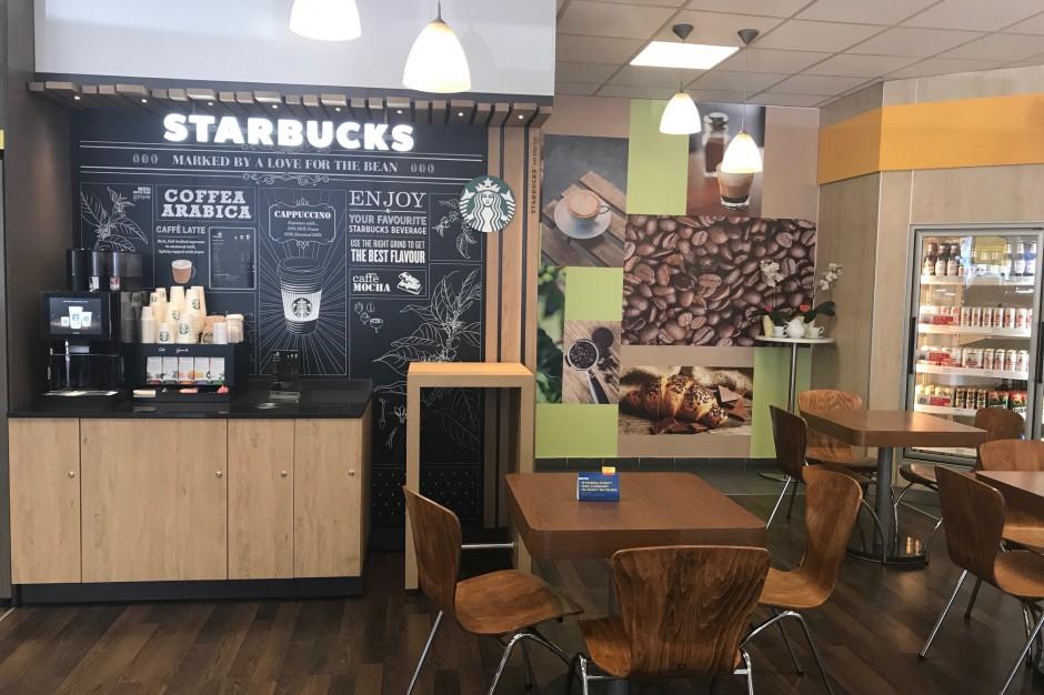 Starbucks wchodzi z ofertą na stacje paliw Shell