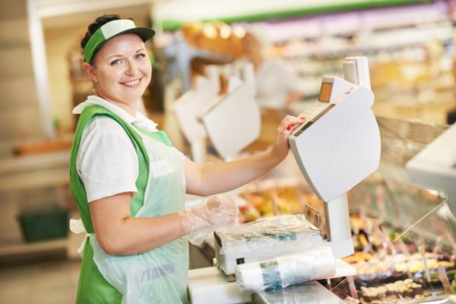Handlowcy na rynku pracy: Kierownik sklepu spożywczego zarobi 5 700 zł brutto