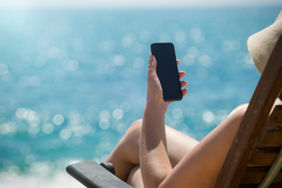 Poradnik: Wakacje w branży e-commerce – czas na zmianę strategii!
