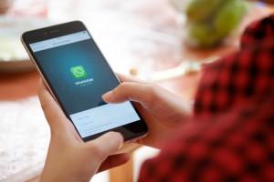 Facebook rozszerza WhatsApp o dwie funkcjonalności dla biznesu