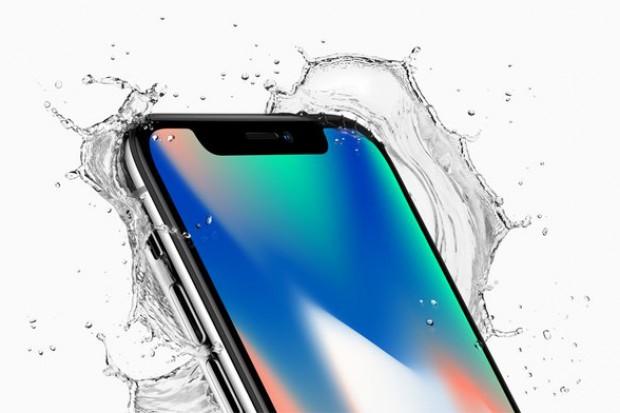 iPhone X bez czytnika linii papilarnych. Płatności uwierzytelni spojrzenie