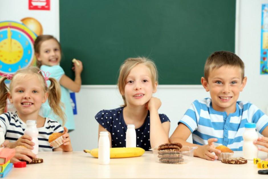 W blisko 30 proc. sklepików szkolnych asortyment niezgodny z wymaganiami