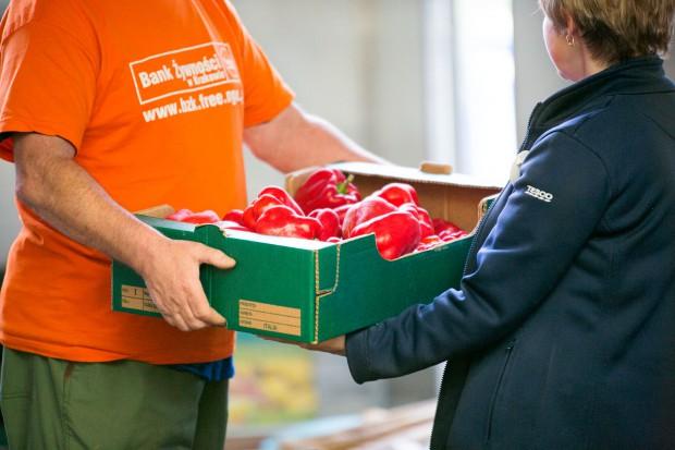 Tesco opublikowało dane dotyczące skali marnowania żywności wewnątrz firmy