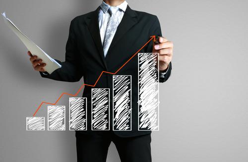 Eksperci IBRKK: Eurocash utrwala swoją pozycję jako lidera rynku hurtowego